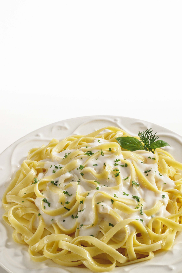 The Best Damn Fettuccine Alfredo #food #recipes on Earth with Noodles, Minced Garlic, Unsalted Butter, Whipping Cream, Cream Cheese, Shredded Parmesan, Dried Italian Herbs, Garlic Salt, Pepper. #pasta #fettuccine #alfredo #recipes #food