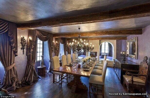Rumah David Beckham Berhantu [4]
