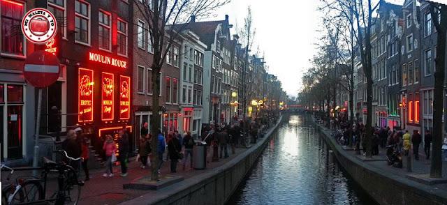 Amsterdam, Barrio rojo al anochecer