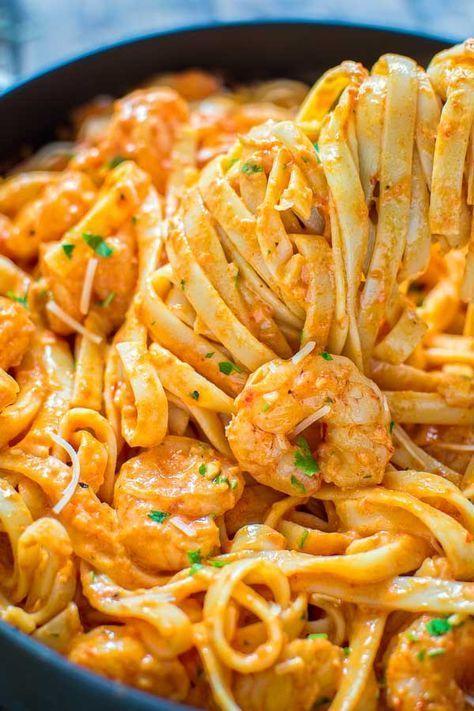 Shrimp Fettuccine with Roasted Pepper Sauce Recipe