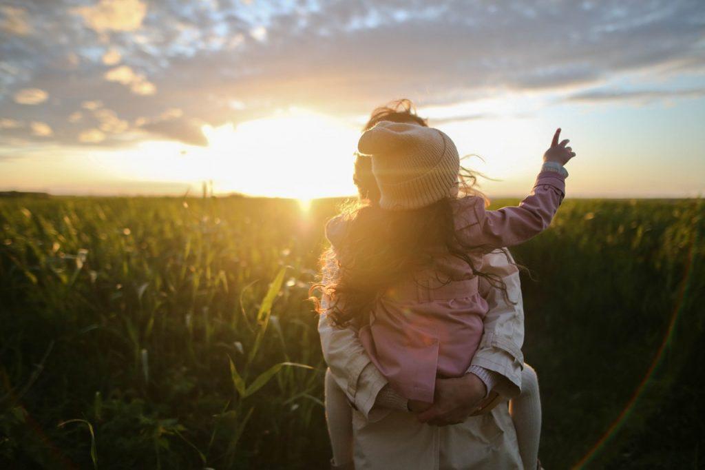 Γονείς, δώστε ΠΡΟΣΟΧΗ : «Τα παιδιά σας δεν ανήκουν σε εσάς» (ΒΙΝΤΕΟ-ΣΟΚ)