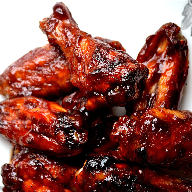 Oven Baked Sriracha And Beer Bbq Chicken Wings And Pasta