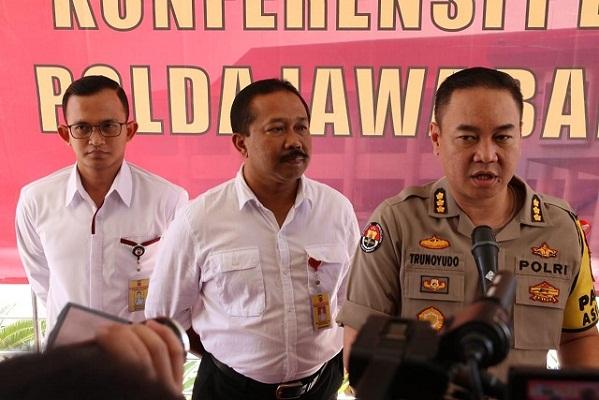 Polda Jabar Tutup Tambang Diduga Ilegal Di Bogor