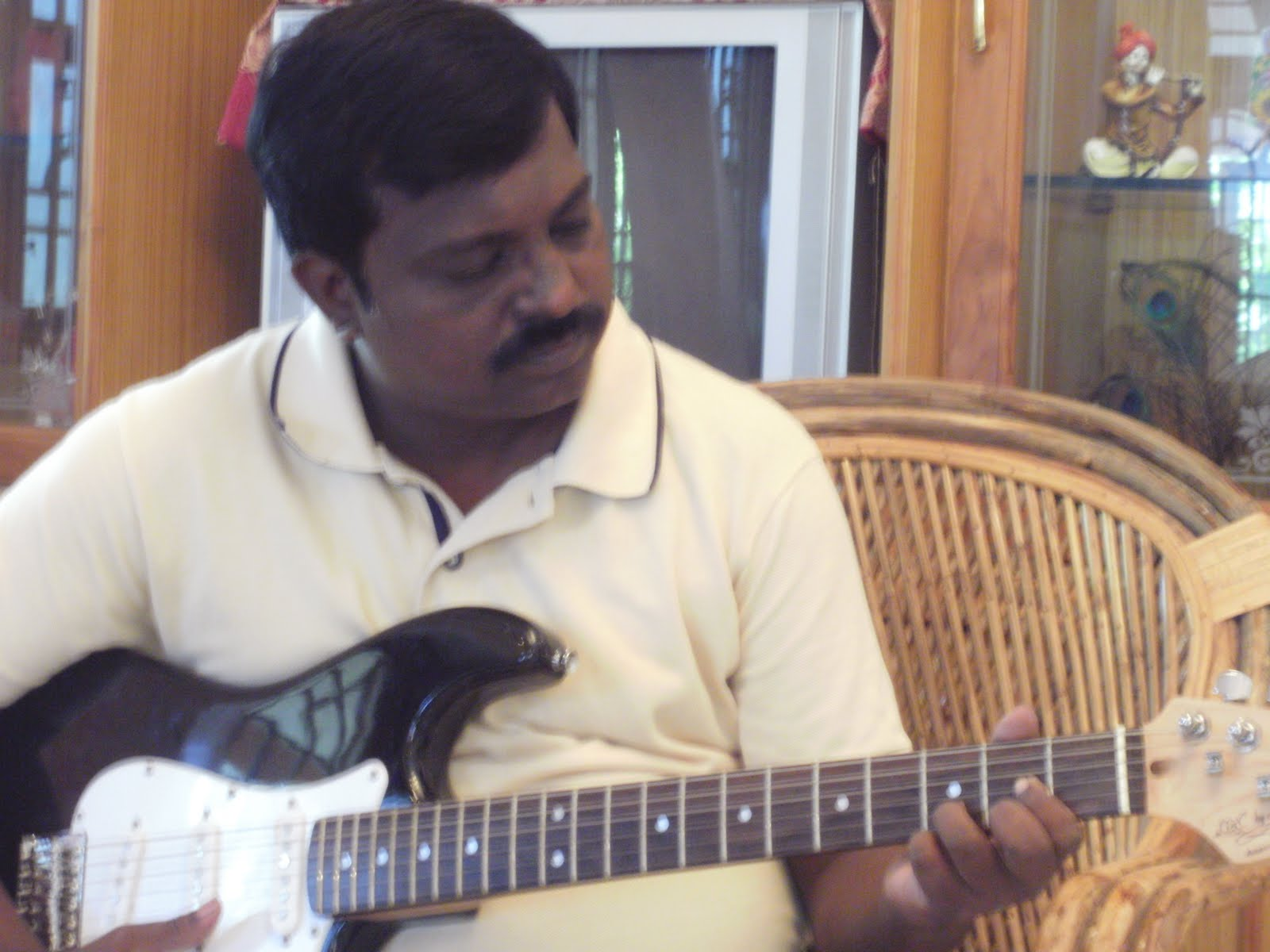 music composer thomas rathnam: composer thomas rathnam