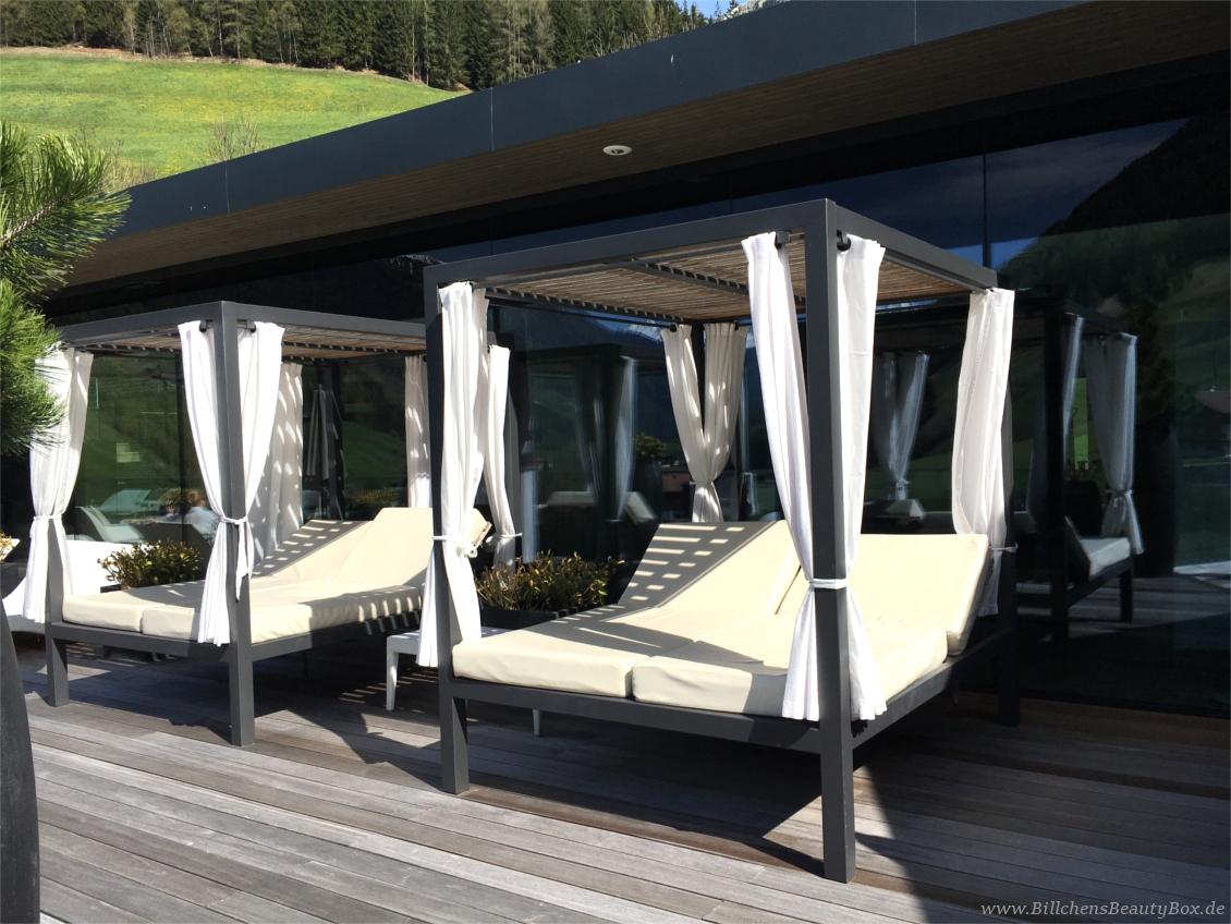 Wellnesshotel Alpenschlössl - Ahrntal Südtirol - Sky Lounge Relaxliegen
