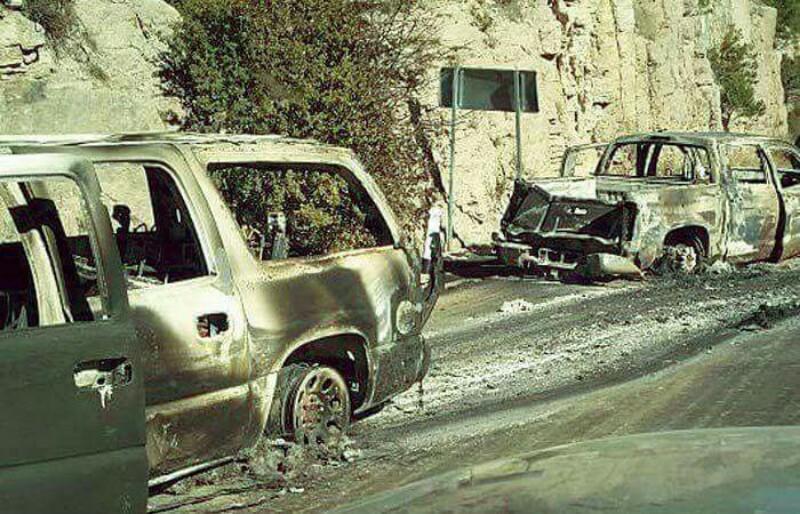 """Fotos: Sicarios de """"La Línea"""" se enfrentan a """"La Gente del Jaguar"""", abandonan blindadas quemadas"""