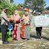 Polsek Kalimanah Serahkan Bantuan Sembako untuk Warga Terdampak Covid-19