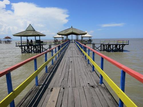 7 Keindahan Tempat Wisata di Surabaya yang Wajib Dikunjungi,Pantai Kenjeran
