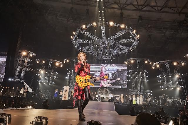 YOSHIKI Membawa 70 Artis ke Panggung untuk 'TV Asashi Dream Festival'