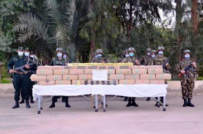 """وزارة الدفاع الوطني:توقيف 23 تاجر مخدرات وحجز 26 قنطار و13,5 كلغ """"كيف"""""""