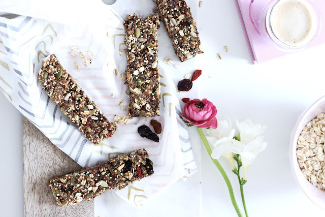 Pastels & Pastries Superfood Granola Bars- sunflower seeds, pumpkin seeds, quinoa, goji, almond butter, flax -- Healthy, no-bake, nut free version
