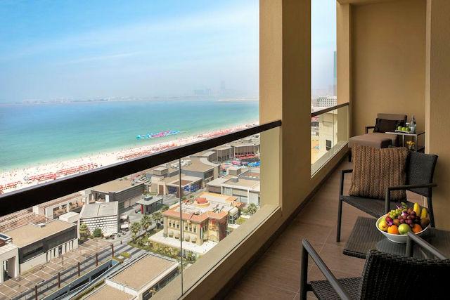 Amwaj Rotana Jumeirah (C) Hotel