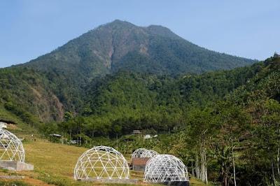 10 Gunung Paling Angker di Pulau Jawa, Salah Satunya Berada di Jawa Timur