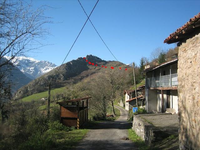 Rutas Montaña Asturias: Vista del pico Castiellu