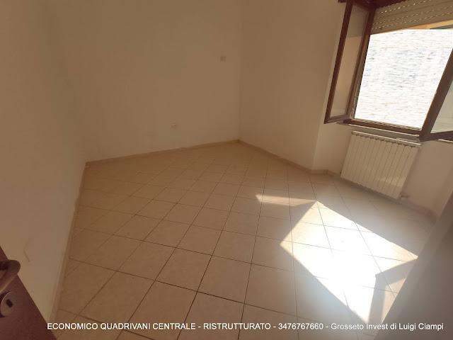 camera matrimoniale di economico appartamento vendita Grosseto Centro