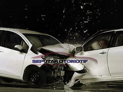 cara mengetahui ciri–ciri mobil bekas kecelakaan