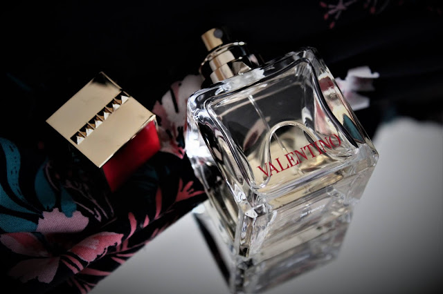 nouveau parfum valentino, avis parfum voce viva, voce viva valentino, valentino voce viva, voce viva eau de parfum, parfum lady gaga, nouveau parfum femme 2020, parfumerie, meilleur parfum pour femme, woman perfume, perfume for woman, perfume influencer