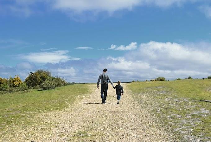 Momentum Hari Ayah, Berikut Empat Film Keren Mengharu Biru tentang Sosok Ayah