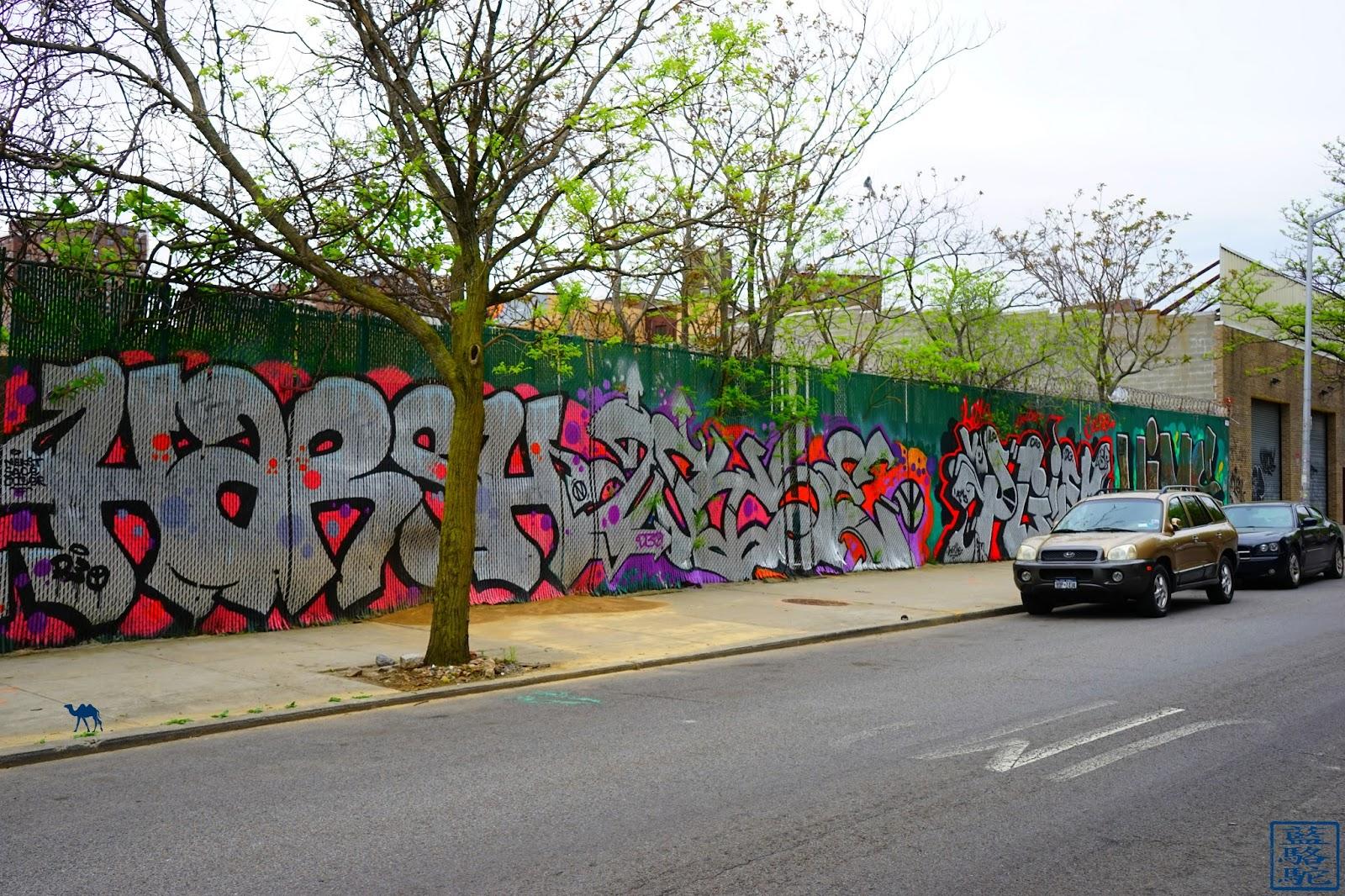 Le Chameau Bleu - Street Art Bushwick 2017 - Graf - Promenade dans Brooklyn New York