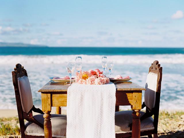 wedding table on Ironwoods Beach