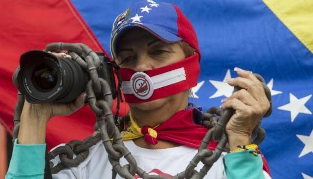 Medios en Venezuela evaden su responsabilidad noticiosa según opiniones de expertos.