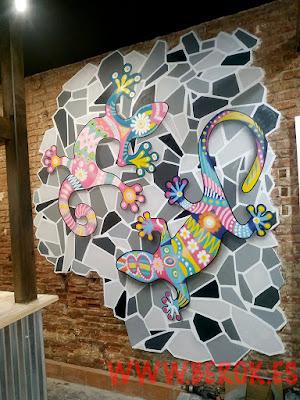 graffiti Gaudí mosaico lagartijas