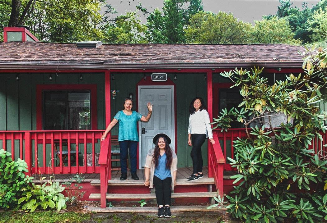 Three Generation Latinas