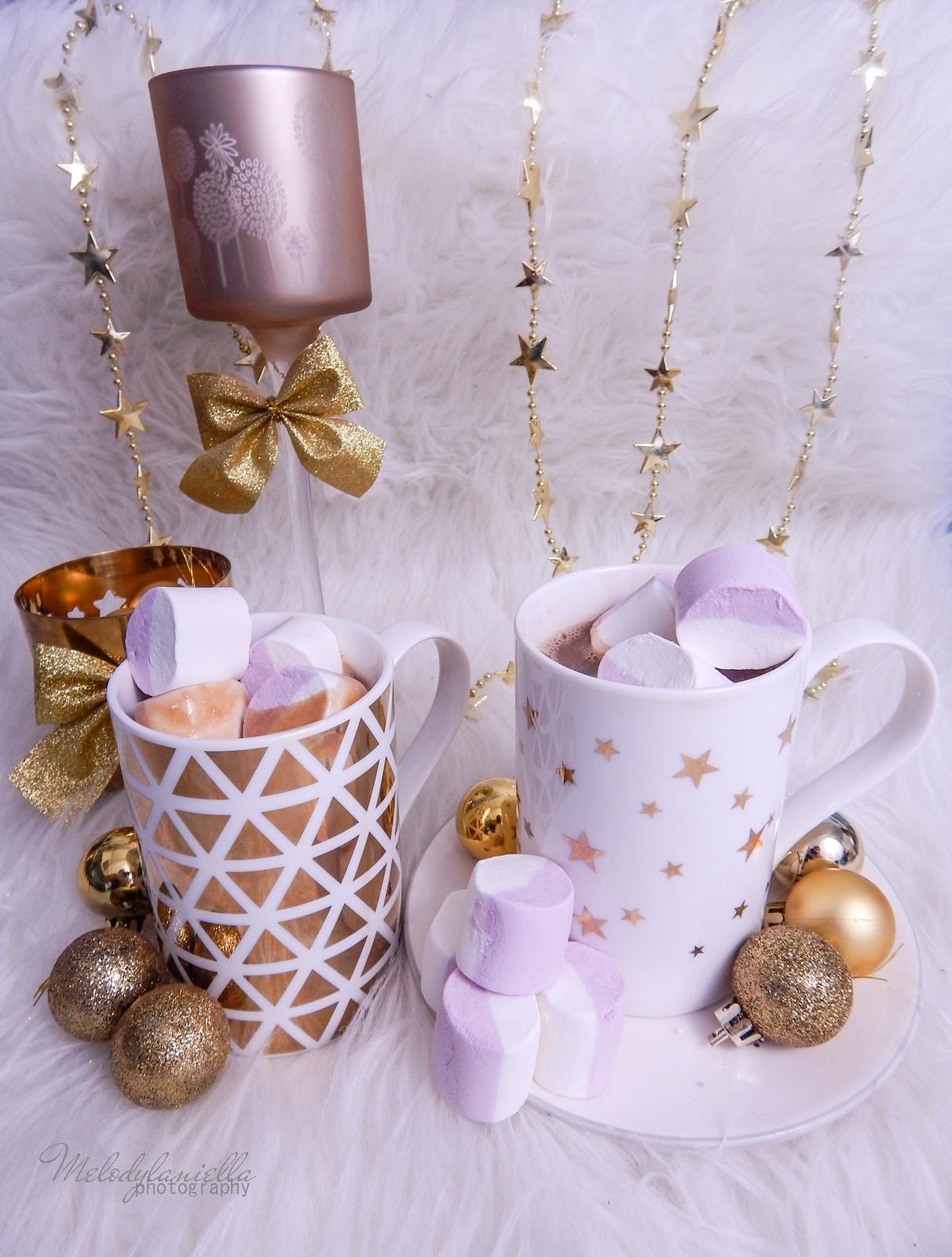 13 przepis na domową gorącą czekoladę świąteczne zimowe napoje ciekawe slodycze na Boże Narodzenie karnawal Sylwestra imprezy pianki jojo melodylaniella