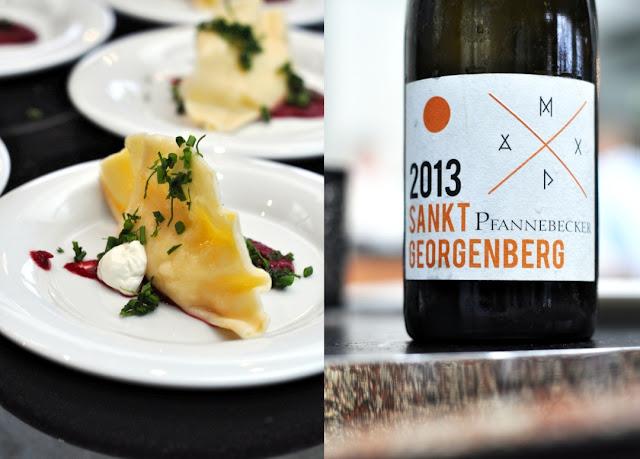 Wareniki mit dem Wein Sankt Georgenberg Weißburgunder trocken aus dem Weingut Pfannebecker
