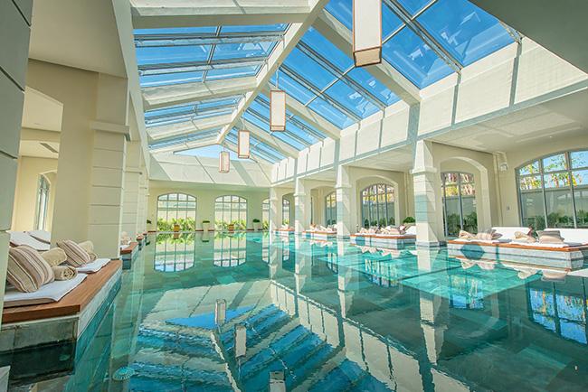 FLC Sầm Sơn - Bể bơi trong nhà