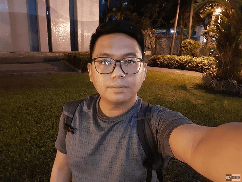 A30s selfie low light
