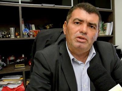 Trabalhador pode ir à Justiça pedir dinheiro do FGTS não pago, diz advogado