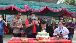 Hadiri HUT XI Radio Samosir Green, Bupati Samosir Lakukan Service Perdana Volley Ball Greenberita Cup