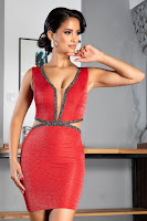 Rochie scurta rosie accesorizata tull si strass-uri