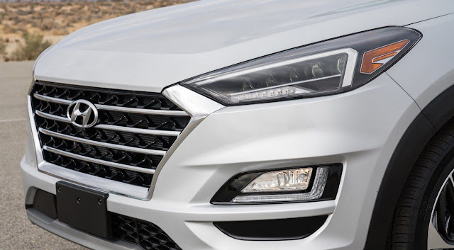 hyundai-tucson-ultimate-grille-and-headlights