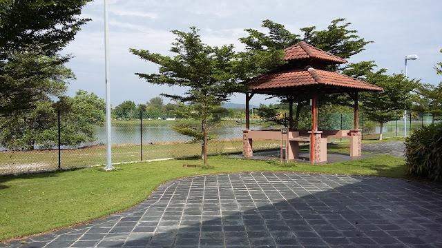 Oval Park UTP