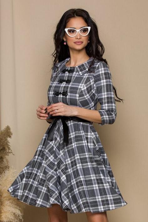 Rochie fashion pentru birou cu carouri gri si broderie