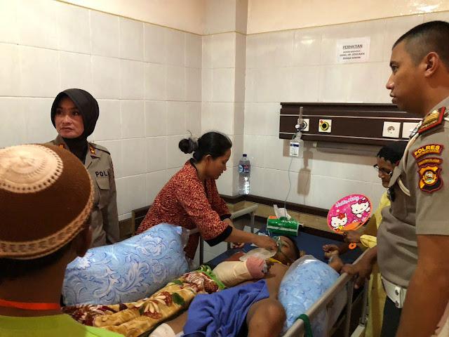 Datangi RSUD Mohamad Husein Palembang, Kapolres Muba Santuni Korban Lakalantas