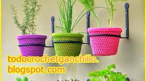 Una idea para tu jardín: macetas al crochet
