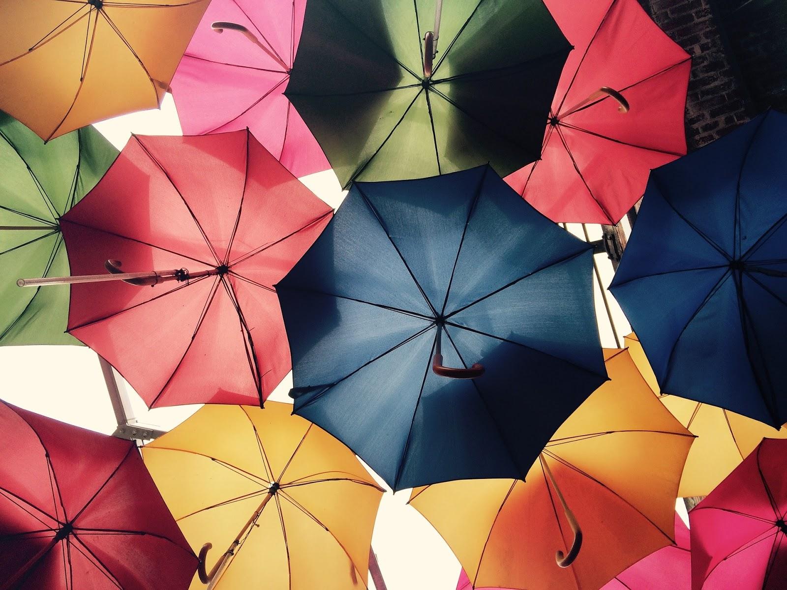 Ternyata Warna Payung Ini Bisa Melindungimu Dari Panas Matahari Lho Paayungg Hitam Besarr Pilih Untuk Melindungi Sinar