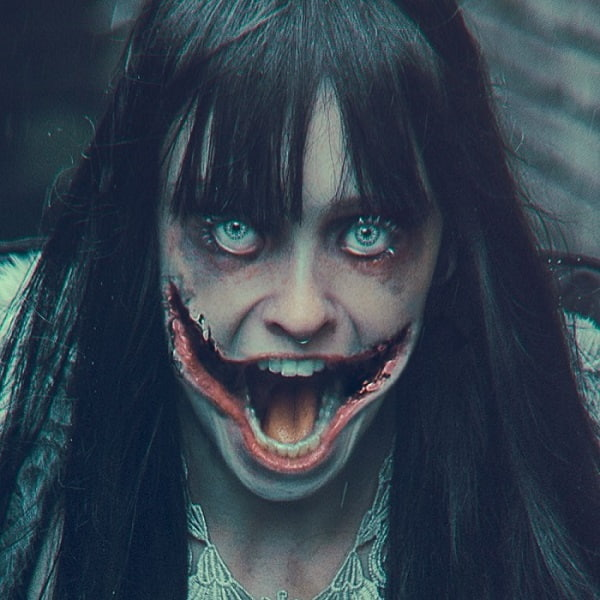 Kuchisake Onna -  Horror Story of A slit-mouthed woman