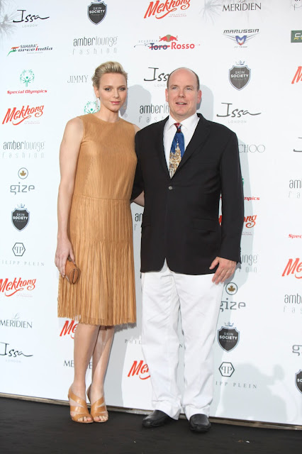 Princess Charlene's Akris dress for 90 dollars!