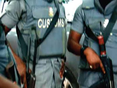 Ipokia youths to Nigeria Customs Service: Produce killer of Ogun Student or.....