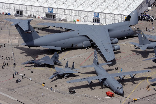 c-5m-super-galaxy-giant-aircraft