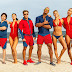 "Dwayne Johnson e Zac Efron no primeiro trailer da comédia ""Baywatch"""