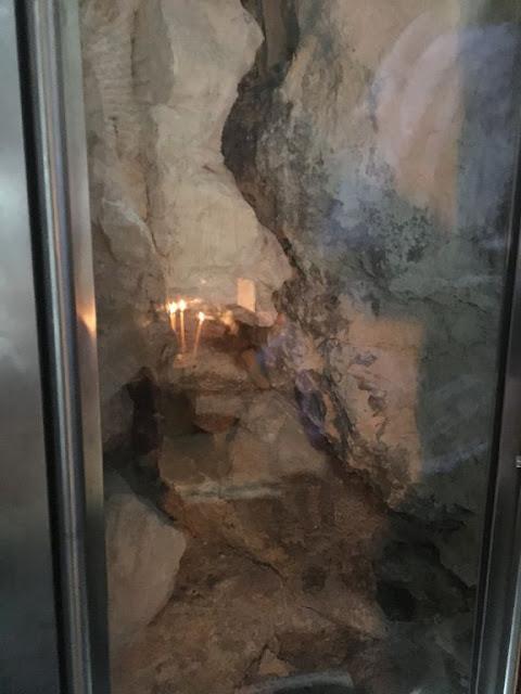 La piedra sobre la que reposó el cuerpo de Jesús