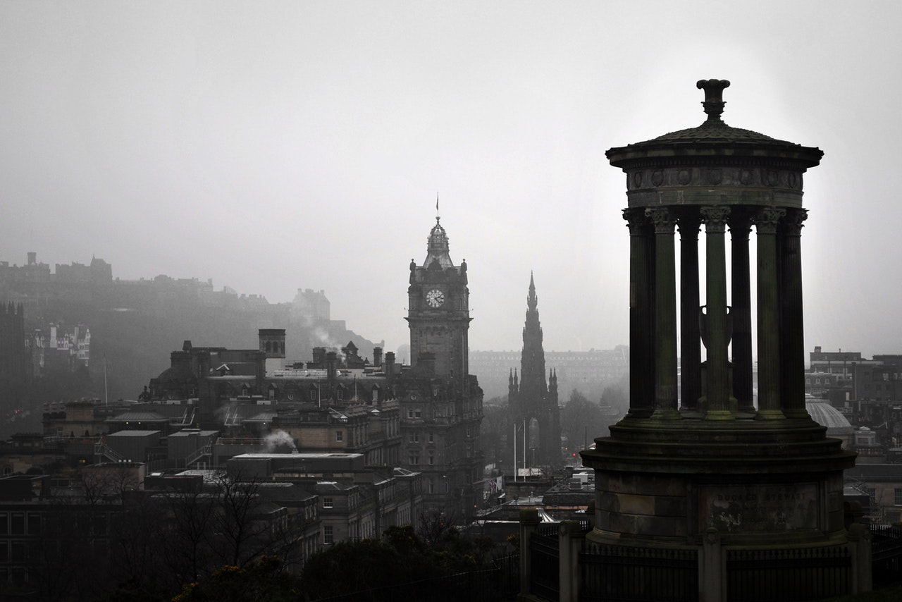 Gloomy view of Edinburgh in mist Free stock image by Pixabay from Pexels