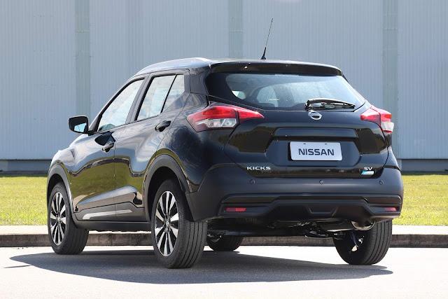 Nissan Kicks SV CVT Automático 2018 - traseira