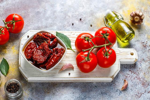 Seis deliciosas recetas usando tomates secos
