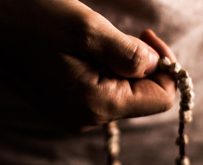 Chiedere qualsiasi cosa a Dio? La preghiera di domanda (attenzione al sondaggio)